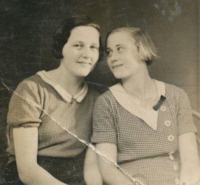 Ása og Gunnvør tvær neistavinkonur í 1934.