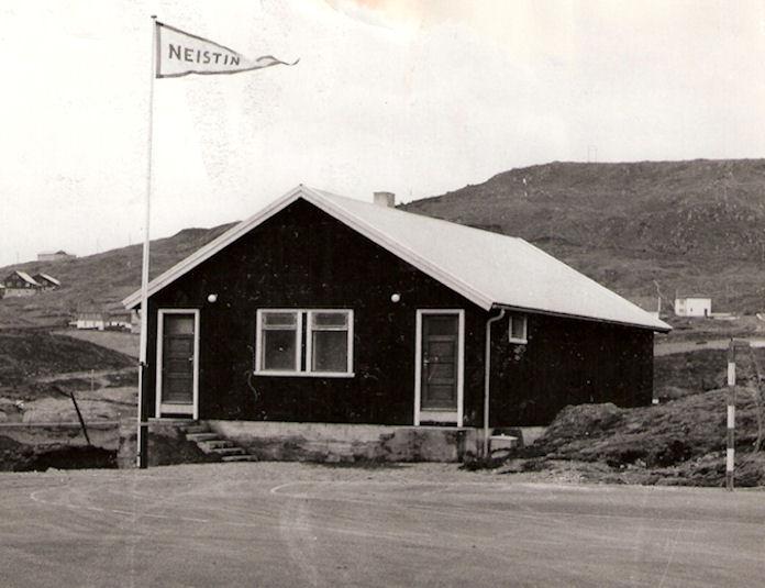 Neistahúsið varð tikið í nýtslu í 1964, og tá streymaði ungdómur í felagið.