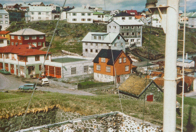 Eg lærdi og arbeiddi hjá Vilhelmi Nielsen frá 1967- til 1974, tá ið eg so fór á læraraskúla. (Mynd Bergur Jensen)