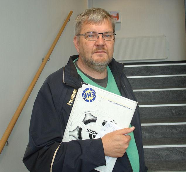 Johnny Haumann hevur nógvar royndir sum dómaraeygleiðari í bestu donsku deildunum í Danmark. (Mynd Vagnur)