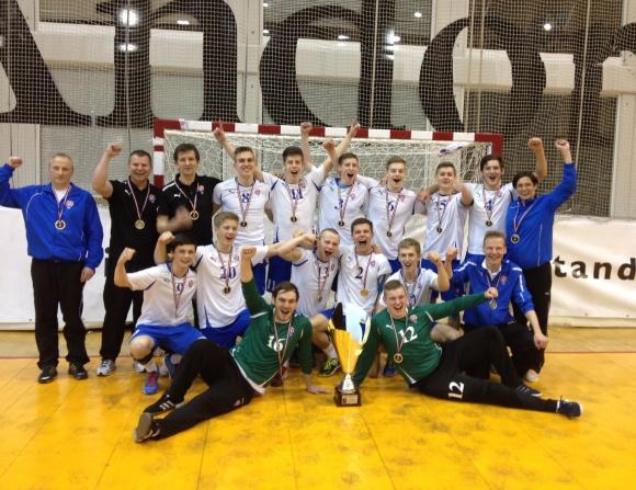 Stórt upplivilsi hjá U20 spælarum og venjaratoymi at vinna IHF