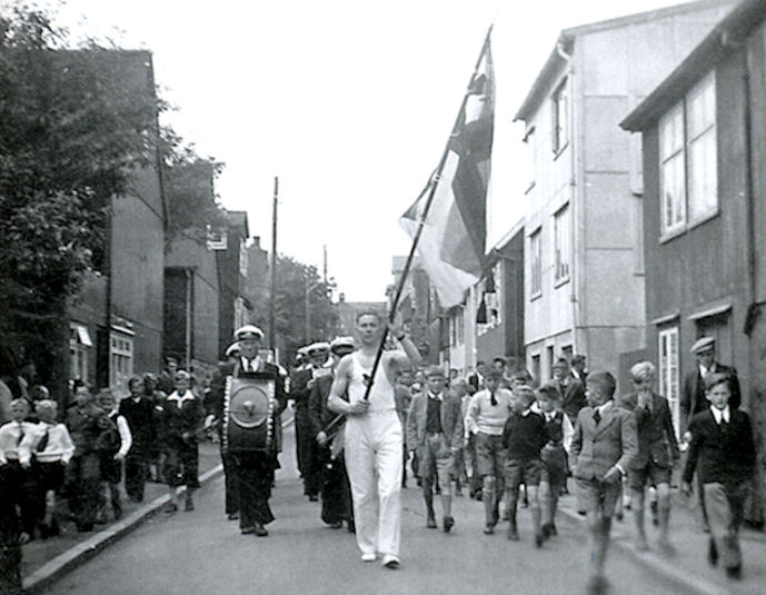 Vøkur mynd á ólavsøku 1946. (Mynd Havnin - fólk og yrki)