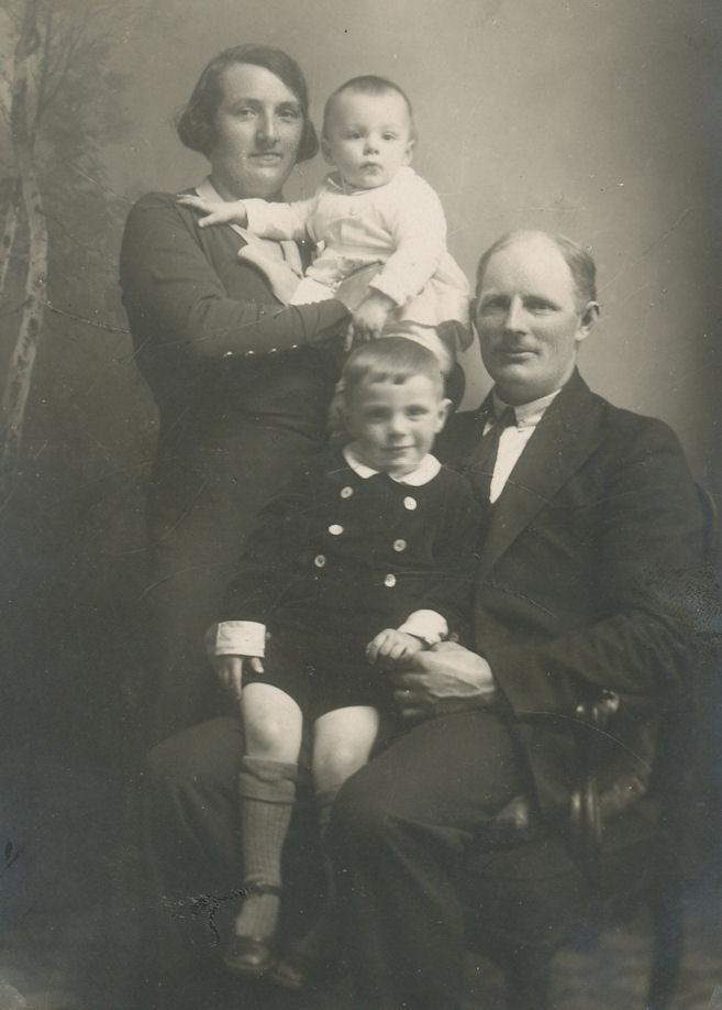 Sighild og Jón áttu fýra børn. Hans, Paula, Margit og Trónd.