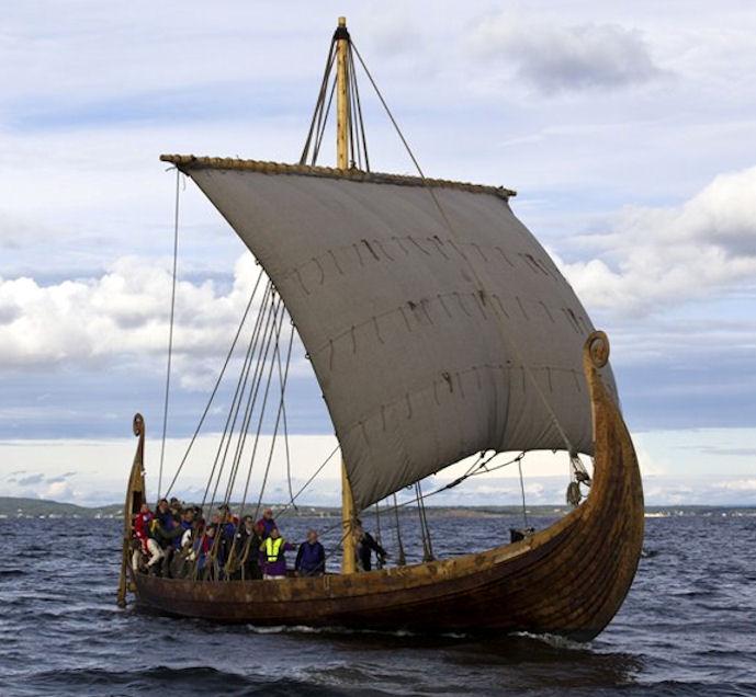 Vikingaskipið Saga Oseberg.