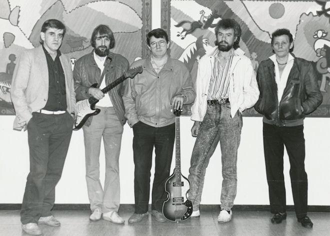 Cream Crackers 1988. Frá vinstru: Birgar Johannesen, Hans Christian Clementsen, Sigurd Bech, Djóni Andreassen og Herálvur Jacobsen. (Mynd Vagnur)