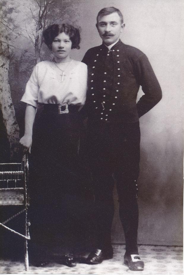Maria og Mikkjal á yngru døgum.