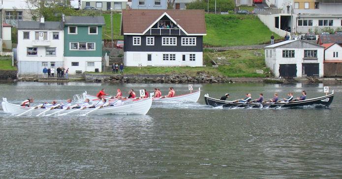 Suðoyingur vinnur á norðastevnu i 2014. (Mynd Hvannrók)